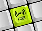 Funkkontakt mit Bluetooth: Bluetooth ermöglicht die Vernetzung der unterschiedlichsten Geräte per Funk.©� LaCatrina - Fotolia.com