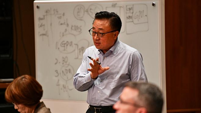 DJ Koh: Die 5G-Ära kommt mit vier großen technologischen Veränderungen: Gesteigerte GPU-Leistung, Big Data Analyse, Neuronales Processing und Bewegungsmuster-Erkennung.©Samsung