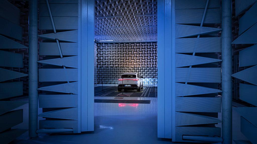 Warngeräusche: So klingen die neuen E-Daimler