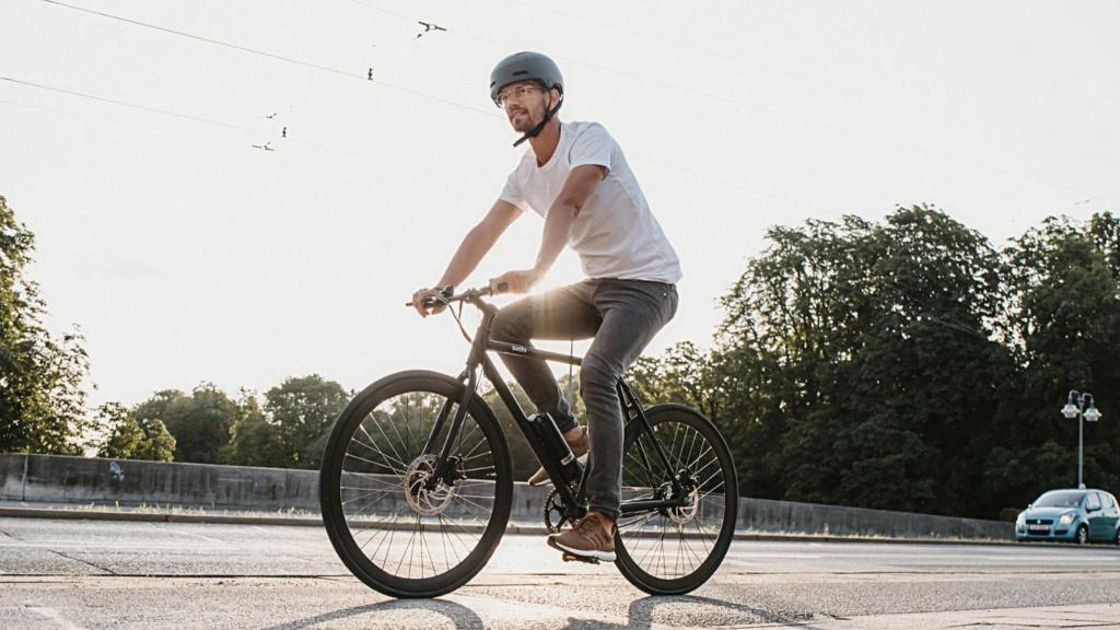 Sushi: E-Bike von Moderator Joko Winterscheidt rollt an