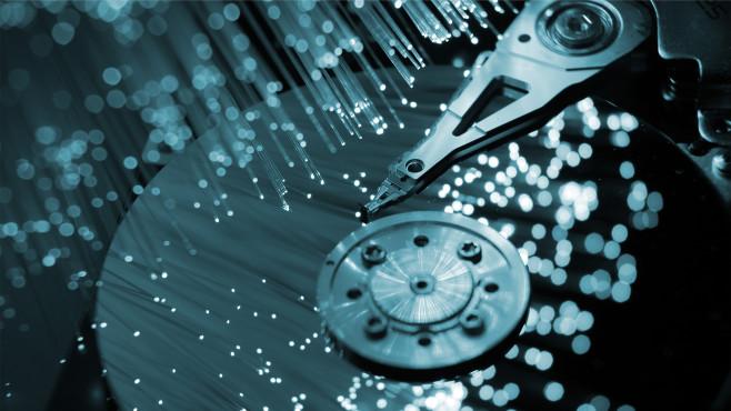 Selbst die größte Festplatte oder SSD wird einmal voll.©iStock.com/arcoss