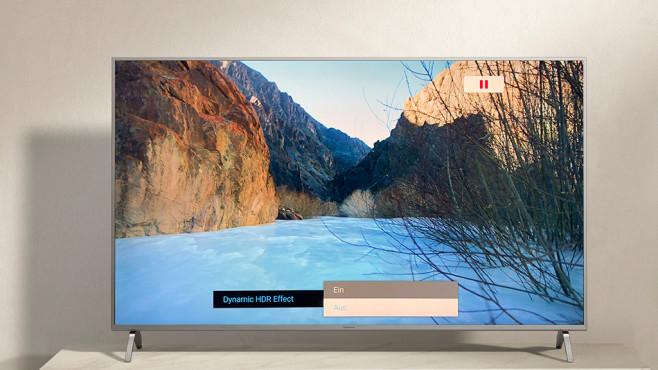 Panasonic GXW904: Mehr Fernsehen geht nicht! Die beste Bildqualität liefert der Panasonic GXW904 im Bildmodus True Cinema. Die Einstellung Dynamic HDR Effect kitzelt noch etwas mehr Brillanz heraus, wichtiger ist aber ein auf 50 aufgedrehtes Backlight.©Panasonic, COMPUTER BILD