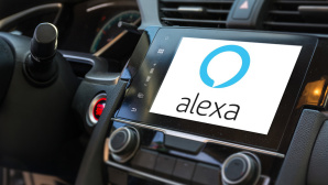 Amazon Alexa für Auto©iStock.com/HunterBliss