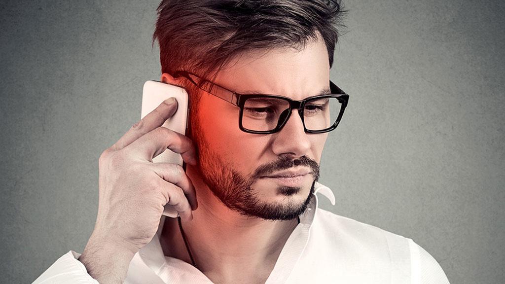 Zulassungsbehörde ermittelt: Diese Top-Smartphones strahlen zu stark!