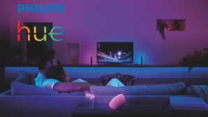 Philips Hue Play HDMI Sync Box: Im Raum © Signify, Philips Hue