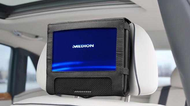 Medion E72054: Der DVD-Player von Aldi im Überblick Der Medion E72054 lässt sich prima auch im Auto einsetzen, eine Kopfstützen-Halterung gehört zum Lieferumfang©Medion