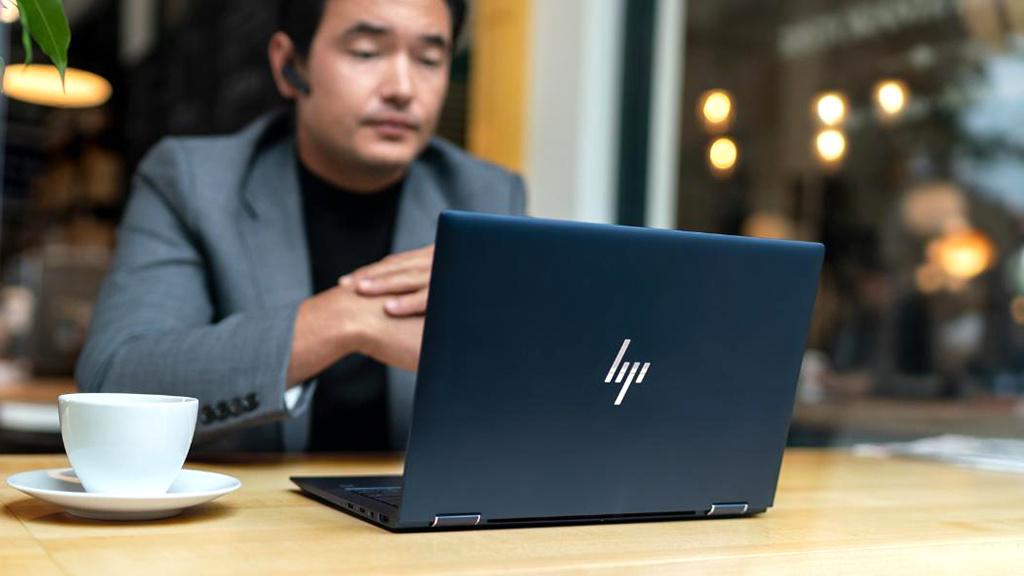 HP Elite Dragonfly: Leichter Laptop mit 24 Stunden Akkulaufzeit