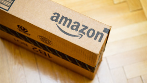 Amazon-Paket©iStock/AdrianHancu