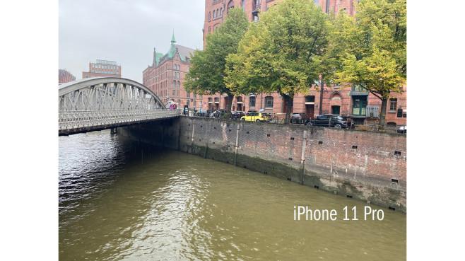iPhone 11 Pro vs. iPhone XS im Foto-Test: Wer gewinnt den Kamera-Vergleich? Foto mit dem iPhone 11 Pro in der Hamburger Hafencity.©COMPUTER BILD