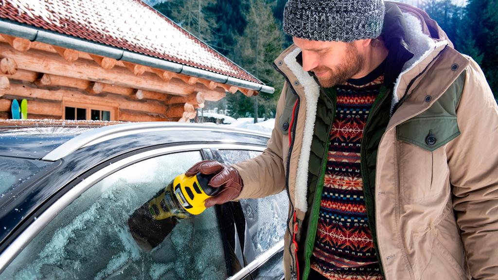 Kärcher EDI 4: Elektrisch die Autofenster freikratzen