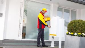 DHL-Paketkasten wird bei Gelegenheit geleert©DHL Presse