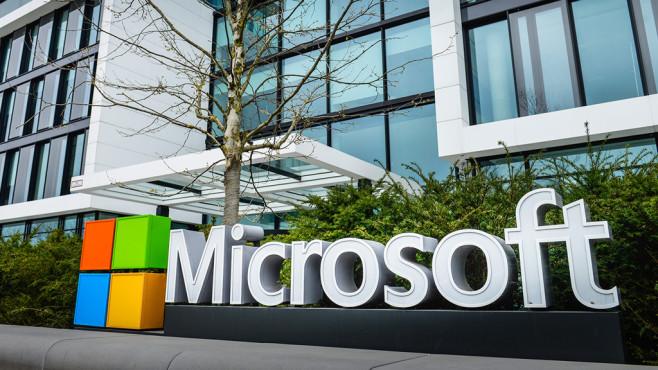 """Microsoft: """"JEDI""""-Auftrag vom Pentagon! Microsoft: """"JEDI""""-Auftrag vom Pentagon! Microsoft sichert sich einen Milliardenauftrag vom US-Verteidigungsministerium.©Bildagentur-online / Kontributor/gettyimages"""