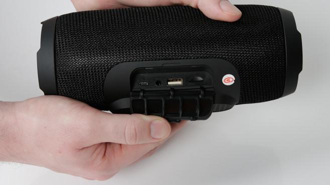 Charge 3: Anschlüsse im Detail©Wish, Computer Bild