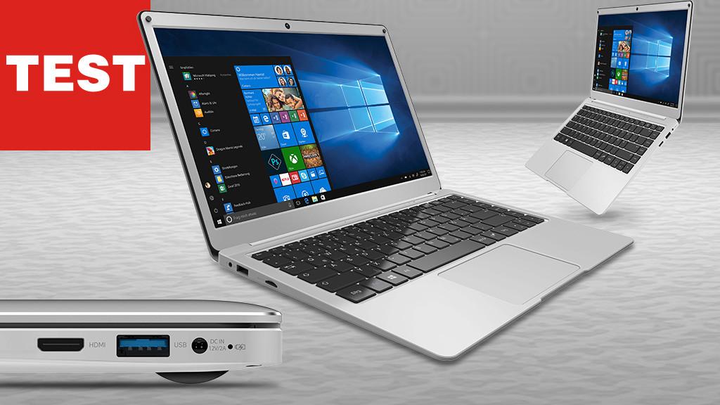 Trekstor-Notebooks vor grauem Hintergrund©iStock.com/FGorgun, Trekstor