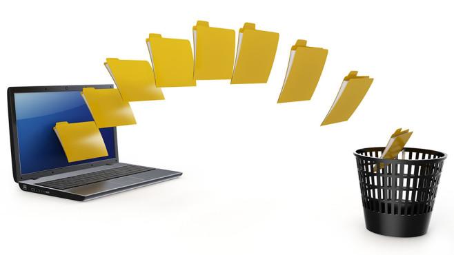 Bereits gelöschte Dateien nachträglich sicher löschen ©dny3d---Fotolia.com - 3d laptop data transfer to deleting recycle bin