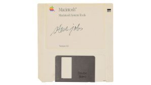 Diskette von Steve Jobs © RR Auction