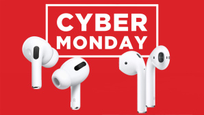 AirPods Cyber Monday © Apple, iStock.com/MicroStockHub