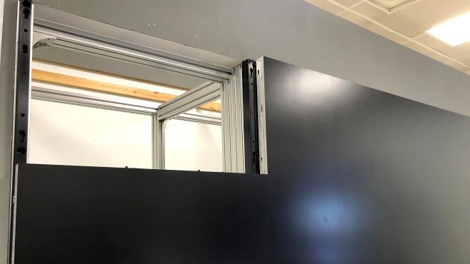 Samsung bringt Micro-LED-Fernseher: Der Anfang einer neuen Ära Samsung Micro LED Fernseher: Die großen Modelle jenseits 100 Zoll setzt Samsung beim jeweiligen Kunden aus Modulen mit gut 80 Zentimetern Bilddiagonale zusammen. Die Module haben keine Ränder, daher lassen sie sich nahtlos zusammensetzen.©COMPUTER BILD