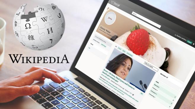 social Wikipedia©Wikipedia, iStock.com/lechatnoir