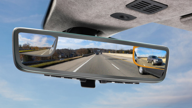 Der neue Rückspiegel von Aston Martin©Gentex
