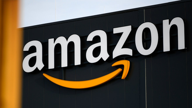 Amazon Logo © Getty Images / Ina Fassbender