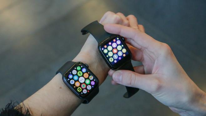 Wish Apple Watch Klon mit Orginal Apple Watch 5©COMPUTER BILD / Alena Zielinski