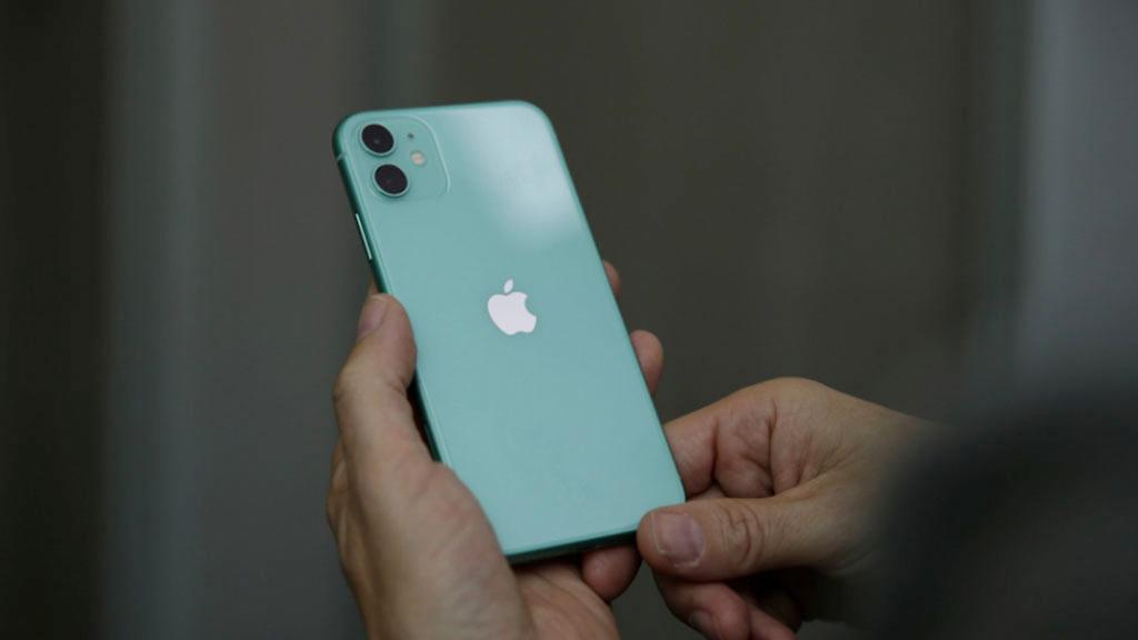 Ganz ohne Apple: Sicherheitsbehörde FBI knackt iPhone 11 Pro