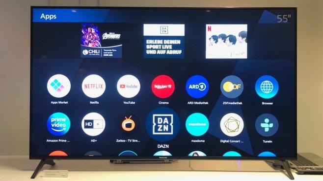Panasonic Fernseher 2020: Die neuen TV-Modelle sind alltagstauglicher Der LCD-Fernseher Panasonic HXW944 wartet mit hohem Kontrast auf, Apps für Disney+ und Apple TV sollen zeitnah folgen.©COMPUTER BILD