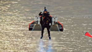 Jetman Dubai © youtube.com