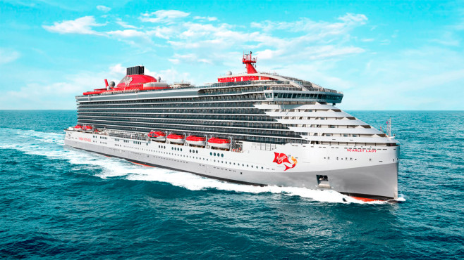 Kreuzfahrtschiff nur für Erwachsene: So sieht die Virign Scarlet Lady aus Die Scarlet Lady streichelt sanft die See. Innen ist sie romantisch und modern.©Virgin Voyages