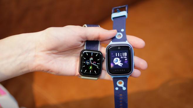 Xplora 4 und Apple Watch 5©COMPUTER BILD / Alena Zielinski