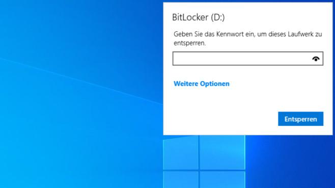 Windows-10-BitLocker kostenlos: 260-Euro-Verschlüsselung für USB-Sticks Der BitLocker-To-Go-Stick ist hier gerade angeschlossen worden, die Dateien darauf stehen bereit, wenn das Passwort bekannt ist.©COMPUTER BILD