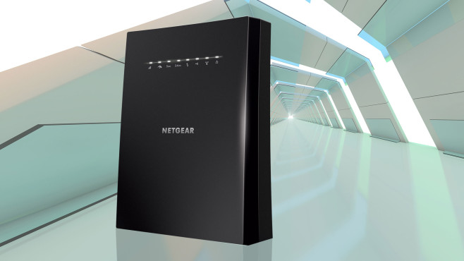 Netgear Nighthawk X6S (EX8000)©Netgear, iStock.com/polesnoy