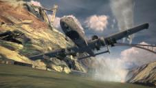 Ace Combat 6 – Fires of Liberation Von der F-16 über den Tornado, die F/A-18 und A-10 (Bild) bis hin zur F-22 stehen Abbilder realitischer Kampf-Jets in Ihrem virtuellen Hangar.