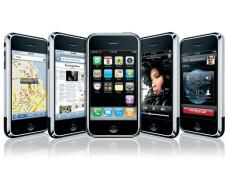 """Handys 2007 im Rückblick Mobiles Internet, Musik-und Videospieler, Navigationsgerät: Multitalent """"iPhone"""" von Apple."""