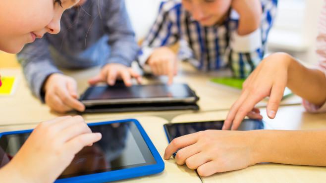 Die besten Kinder-Apps zum Lernen und Spielen©iStock.com/dolgachov