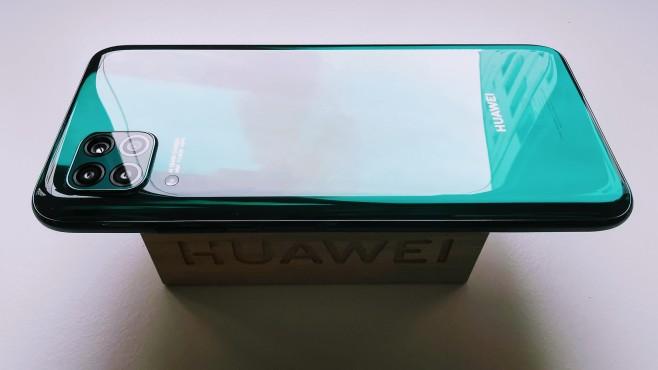 Huawei P40 Lite©COMPUTER BILD / Michael Huch