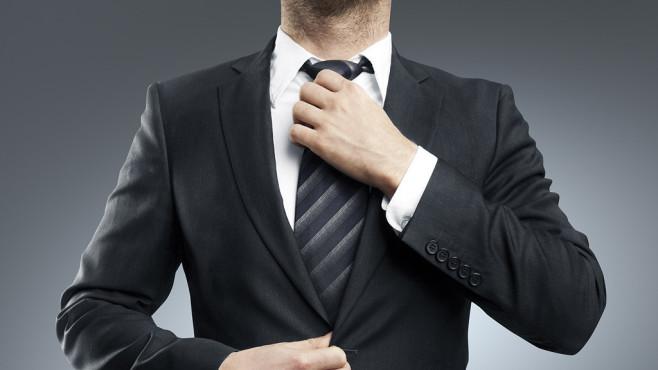 Anzug und Krawatte©peshkova - Fotolia.com