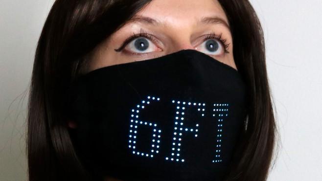 LED-Maske©lumencouture.com