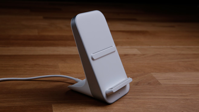 OnePlus 8 Pro: Kabellose Ladestation©COMPUTER BILD