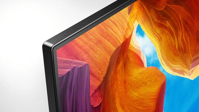Fernseher-Test Sony XH95: Der ist brillant! Mit seinem schmalen Metallrahmen wirkt der Sony XH95 sehr gut verarbeitet.©Sony