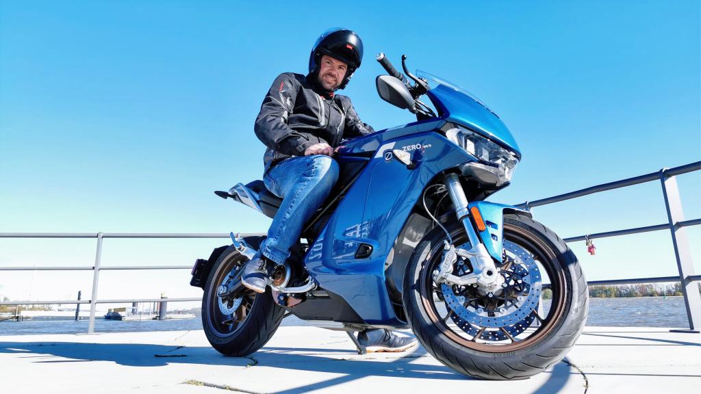 Zero SR/S im Test: Dieses Elektro-Motorrad ist der Hammer!