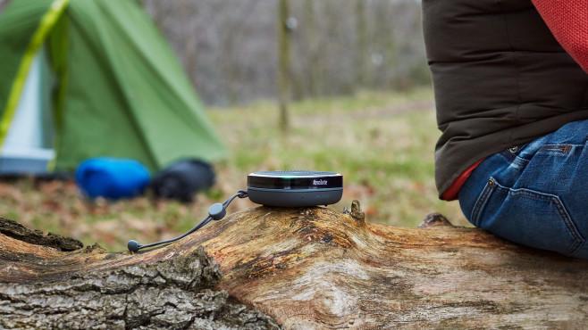Bluetooth-Lautsprecher mit Radio: Pure StreamR Splash©Pure