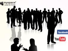 Freunde, Kollegen, Bildertauscher: Communities im Internet Austausch ist gefragt: Bei Angeboten wie MySpace oder Facebook steht die Gemeinschaft im Vordergrund.©Kirsty Pargeter - Fotolia.com, my space, facebook, you tube