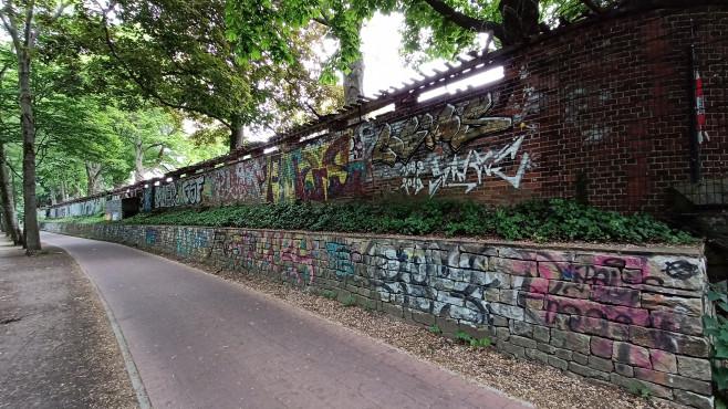 Realme 6: Foto Ultraweitwinkel Grafiti-Wand©COMPUTER BILD