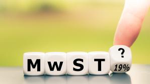 Holzwürfel mit den Buchstaben MWST©iStock.com/Fokusiert
