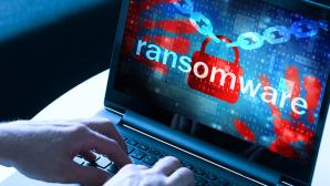 Betr�ger tarnen Ransomware als Entschl�sselungstool©istock/mikkelwilliam, �istock/nevarpp