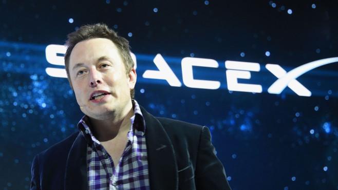Wann geht Elon Musks Weltraumfirma an die Börse? Wird die SpaceX-Aktie – oder auch ein Ableger davon – sich in naher Zukunft an der Börse wiederfinden?©ROBYN BECK/gettyimages