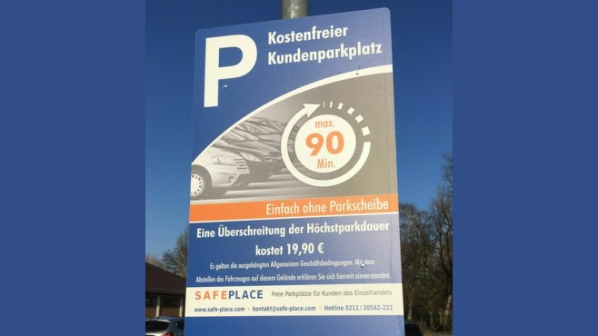 Parkplatz-Warnschild © safe-place.com