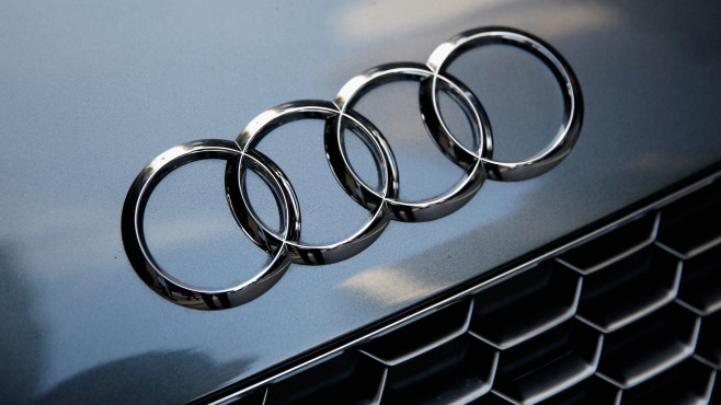Audi-Logo auf einem Auto©gettyimages.de / Brian Ach